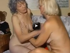 couple masturbating pussy with toy together